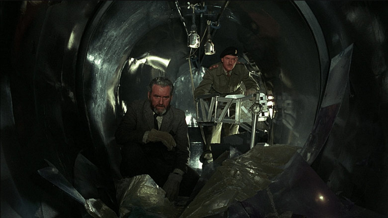 ff-quatermass-and-the-pit-1